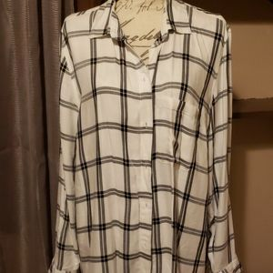 Old Navy long sleeve flannel